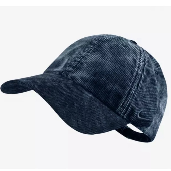 27076fd9 Nike Accessories | Heritage 86 Corduroy Strapback Basketball Hat ...